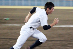 五十幡亮汰(いそばたりょうた)はなぜ陸上から野球へ転身?
