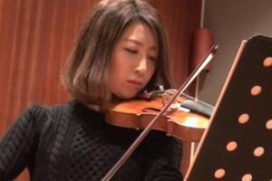 木嶋真優と高嶋ちさ子の受賞歴を比較