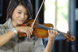 木嶋真優と高嶋ちさ子のヴァイオリンの値段