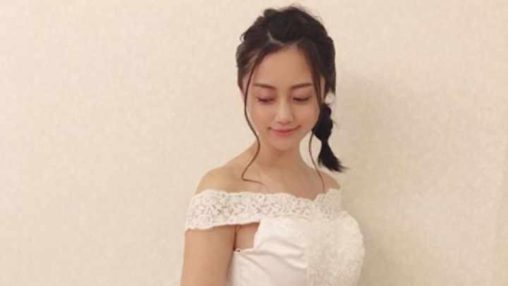 小林麗菜と福岡堅樹が熱愛で結婚寸前?薬指の指輪とドレスで匂わせ!
